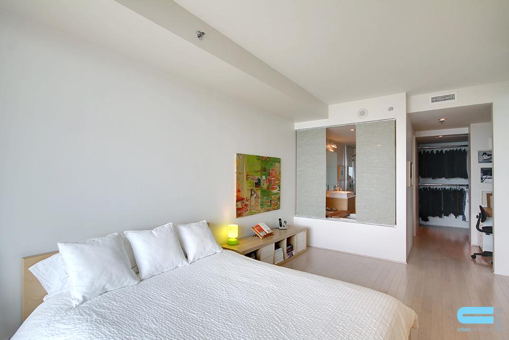 la salle de bain ouverte sur la chambre une int gration parfaite. Black Bedroom Furniture Sets. Home Design Ideas