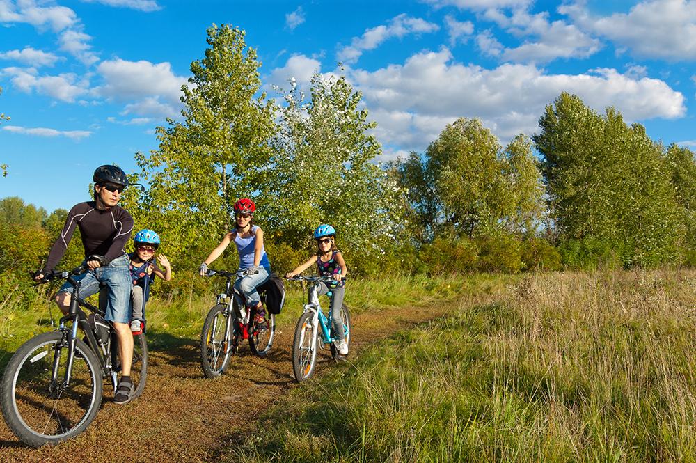 Randonner de vélo avec les enfants