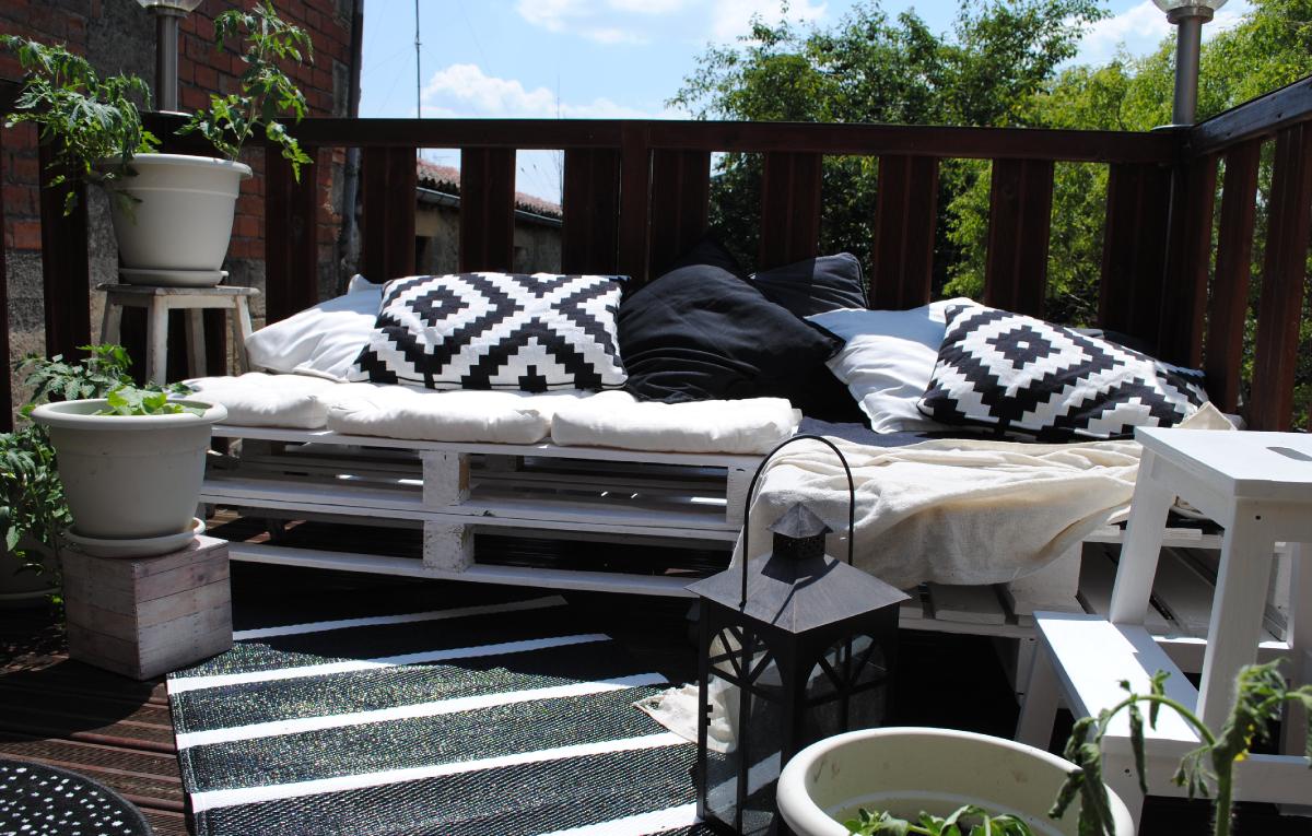 L 39 am nagement paysager gazebo pergolas ou patio comment y voir plus c - Idee deco petite terrasse ...