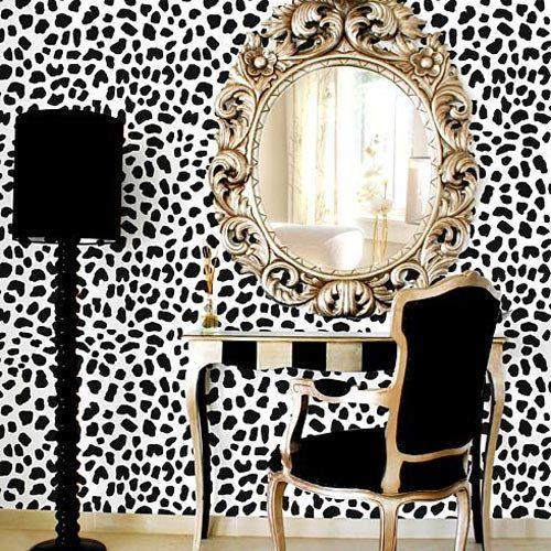 Loin d'être kitsch, le léopard revient en force! Apprenez à dompter ce motif animal!