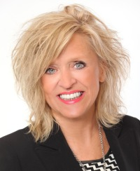 DORIS DESCHESNES, RE/MAX DE FRANCHEVILLE