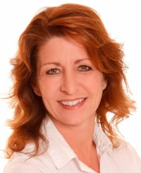 LAURIE BOBACK, RE/MAX CAPITALE