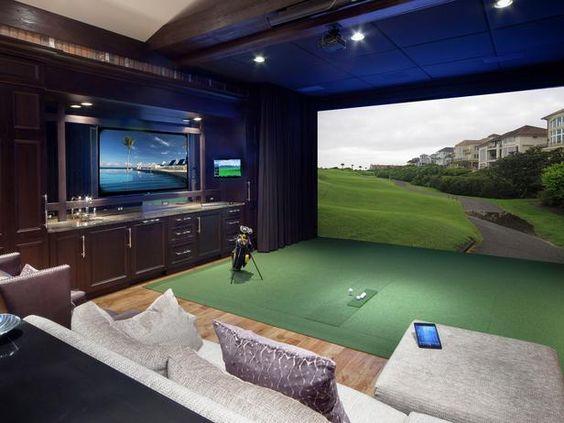 Terrain de pratique de golf intérieur sur écran géant