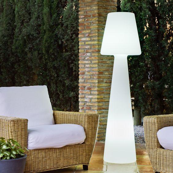 Énorme lampe de verre avec rétro-éclairage
