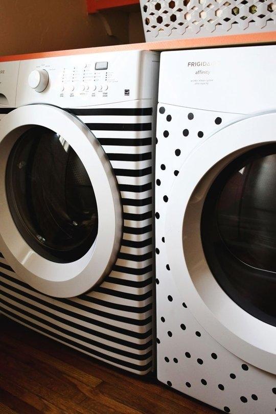 Ensemble laveuse sècheuse au look pop et moderne