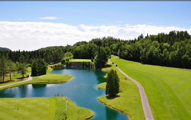 Terrain de golf au Centre de Villégiature et de Congrès de Lanaudière