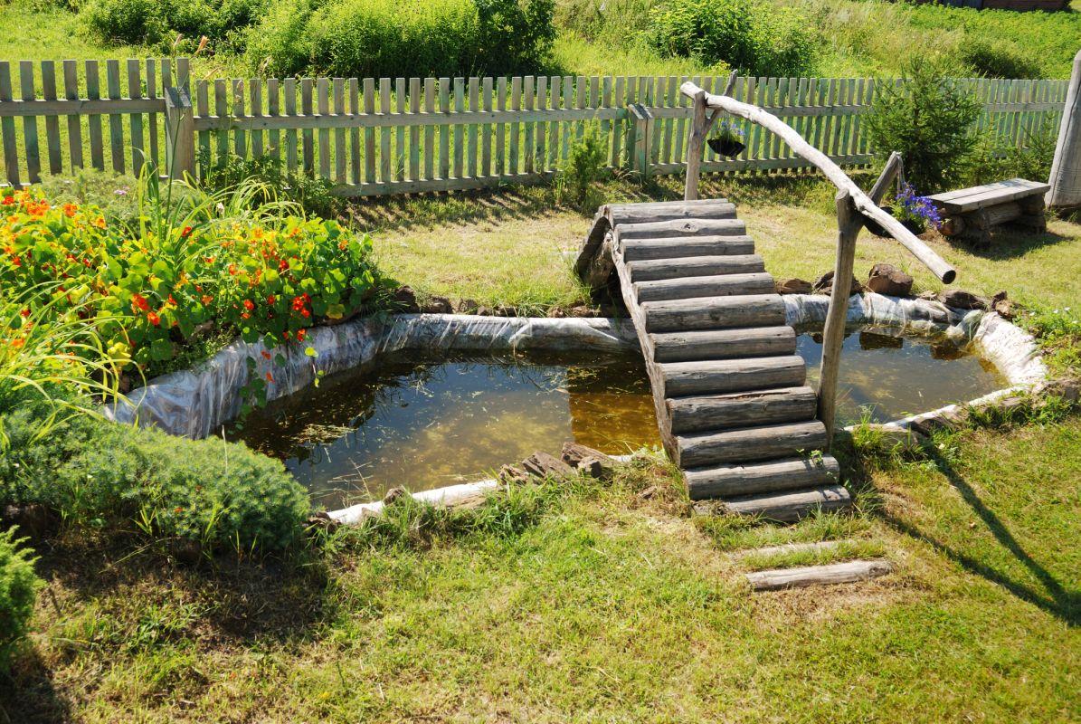 Un jardin d eau dans votre cour quel beau projet estival - Point d eau dans le jardin ...