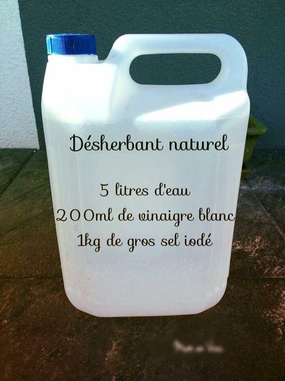 Recette anti mauvais herbes naturelle pour déserber bio