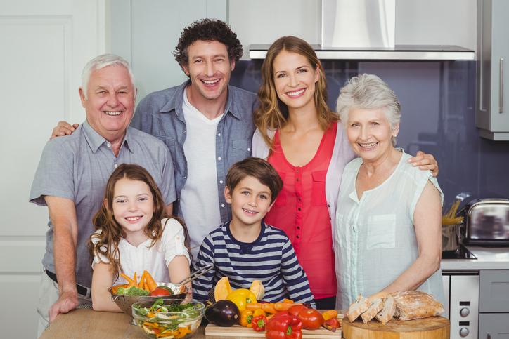 Famille intergénérationnel
